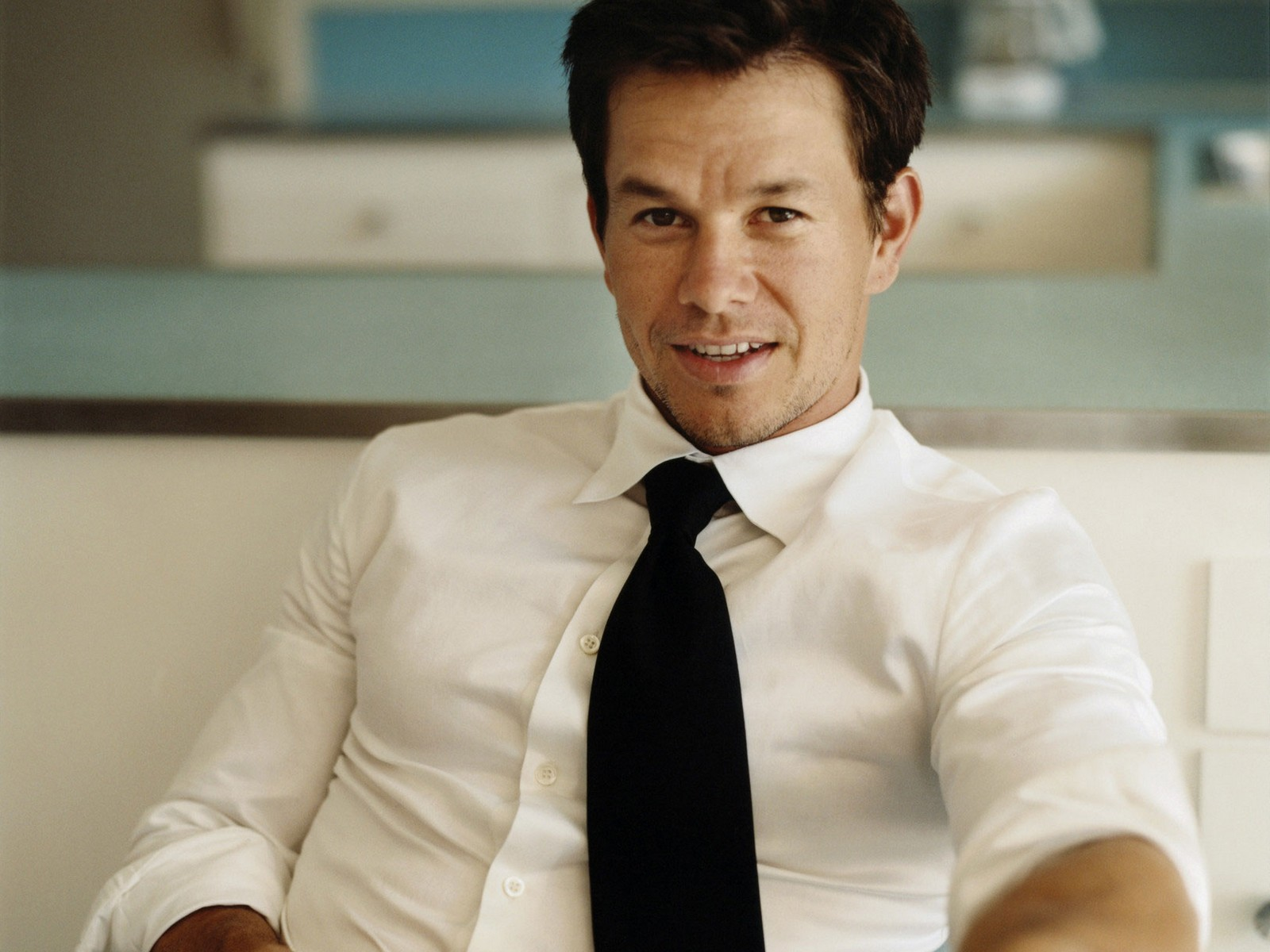 Overview of the many roles and movies of actor Mark Wahlberg