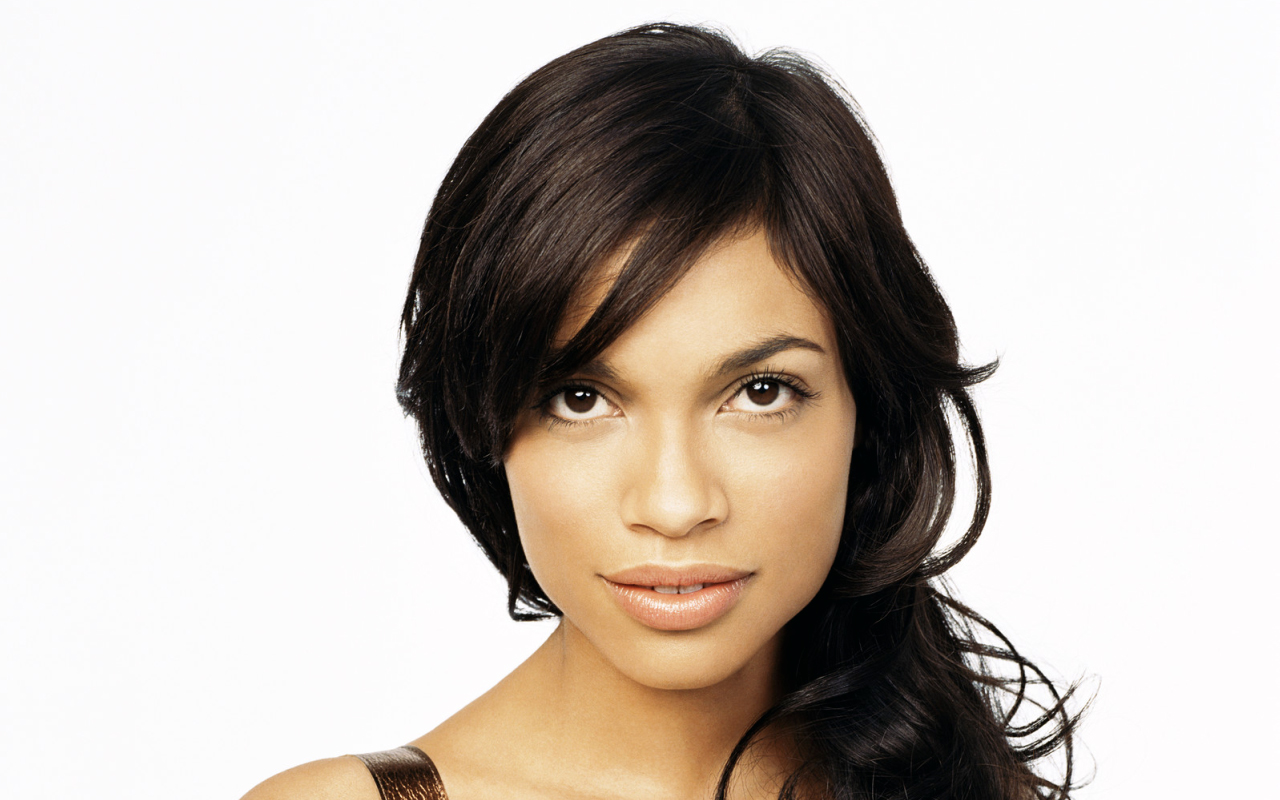 Overview of the roles and movies of actress Rosario Dawson