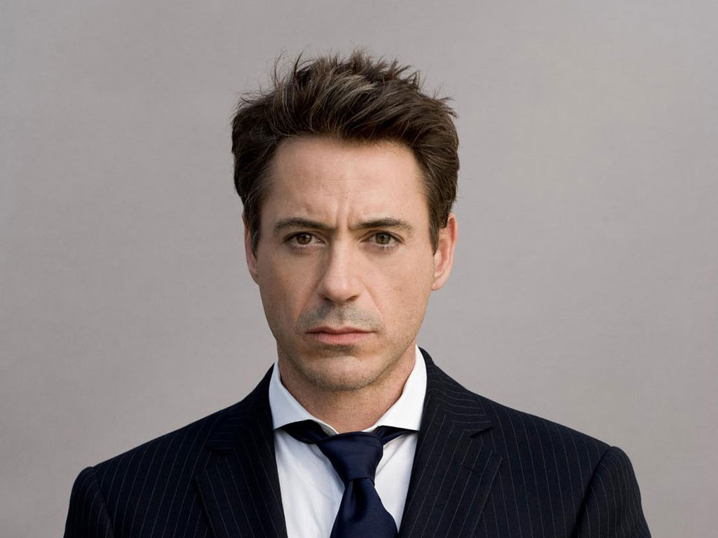 http://www.myfilmviews.com/wp-content/uploads/2012/12/robert-downey-jr1.jpg