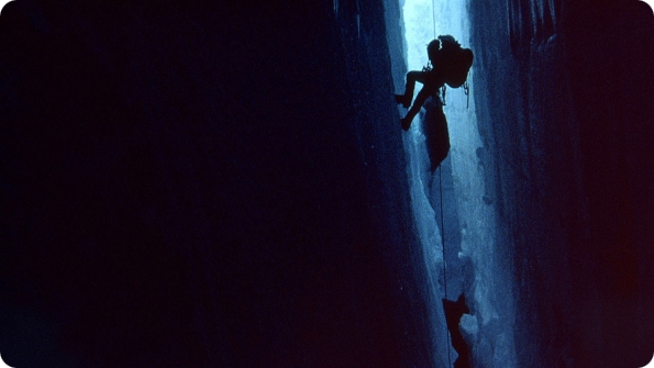 documentaire recensie van Touching the Void (2003)