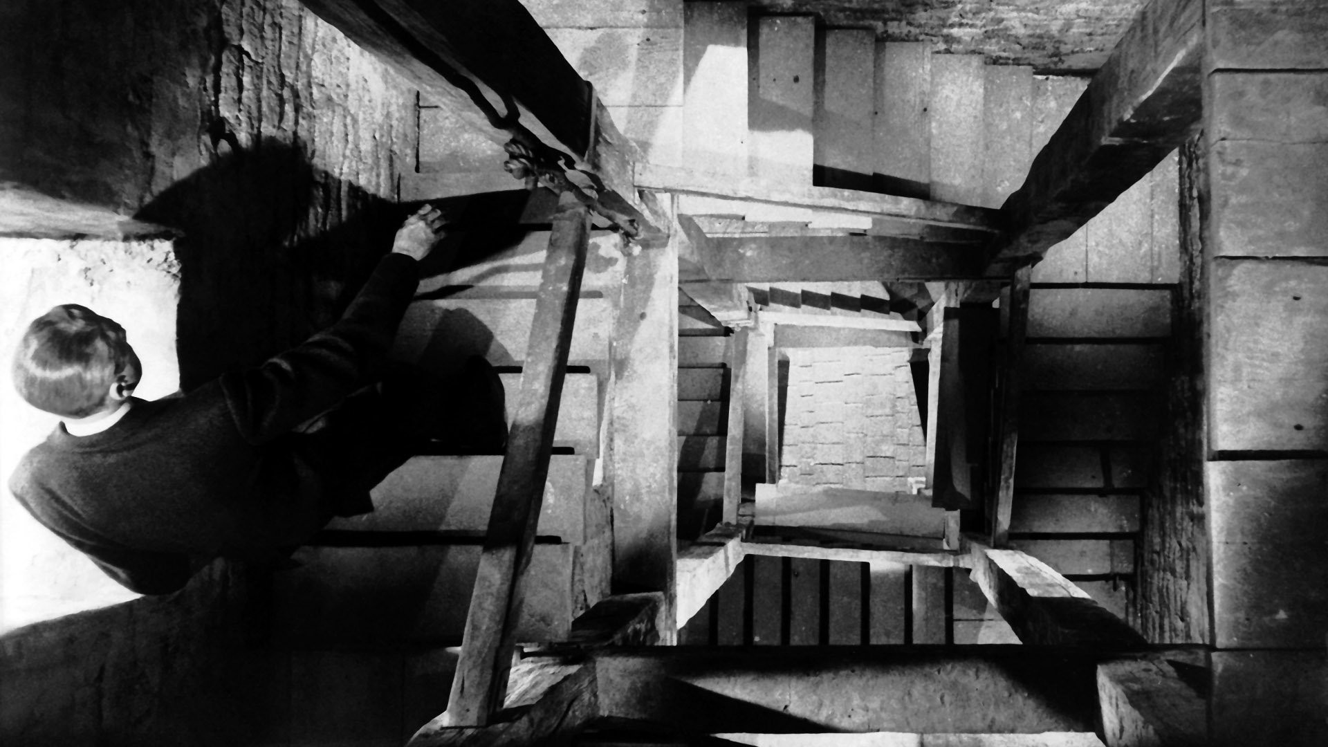 cinematography vertigo While alfred hitchcock's vertigo has been recognized one of the most intensely debated films in the american movie history, it is the interpretations of its.